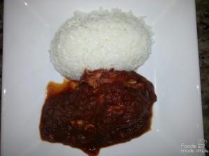Slow-Cooker Guatemalan Chicken