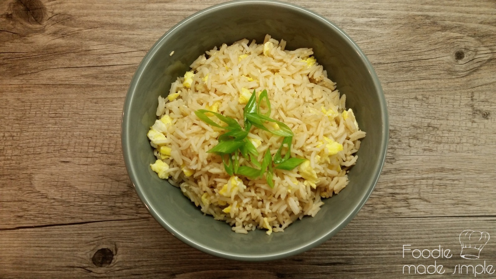 Filipino-Style Garlic Fried Rice (Sinangag) -