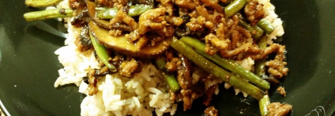 Asian-Style Turkey, Green Bean and Mushroom Stir Fry