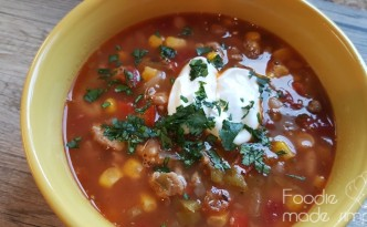 Slow-Cooker Turkey Chili with White Beans