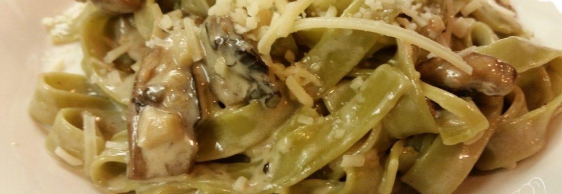 Spinach Tagliatelle Pasta with Portobello Sherry Cream Sauce